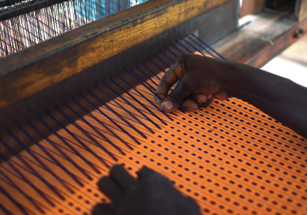 Akoma Production at AFEPO in Burkina Faso. © ITC Ethical Fashion Initiative & Anne Mimault